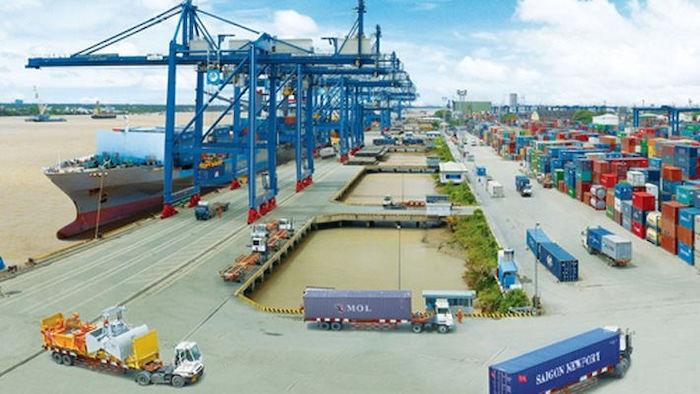 Quận 4 với việc sở hữu cảng Sài Gòn với nhiều loại hàng hoá đa dạng. Chính vì thế nhu cầu sử dụng dịch vụ cho thuê xe cẩu hàng cũng vì vậy mà trở nên cách bách hơn.